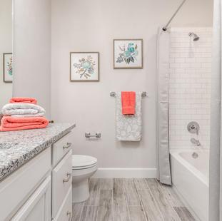 9315 (21) Bathroom 3.JPG