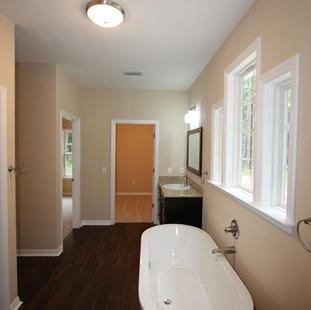 9253 West Palm (13) Master Bathroom.JPG
