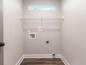 9318 Laundry Room
