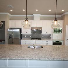 9271 (06) Kitchen.JPG