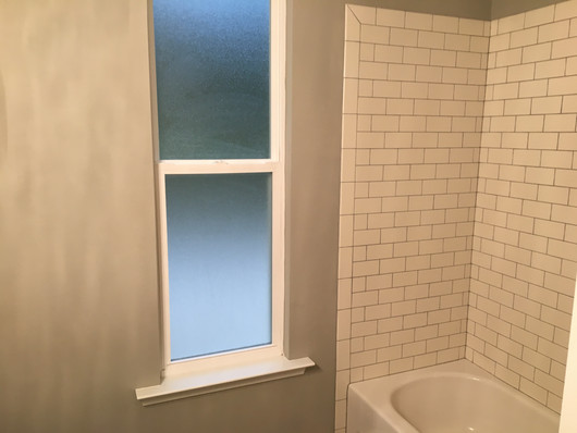 9290 (14) Bathroom 2.JPG