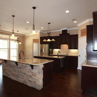 9251 (11) Kitchen.JPG