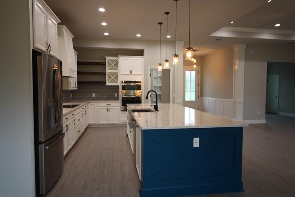 9316 (06) Kitchen.JPG
