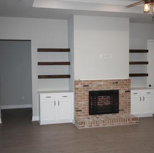 9316 (08) Living Room.JPG