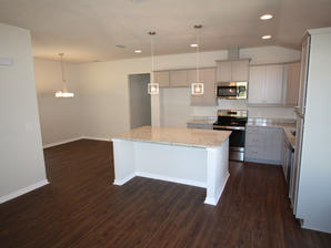9269 Kitchen and Dining Room