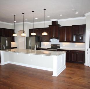 9261 (06)  Kitchen.JPG