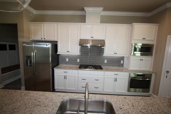 9271 (07) Kitchen.JPG
