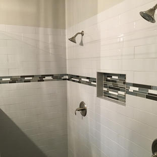 9290 (12) Master Bathroom.JPG