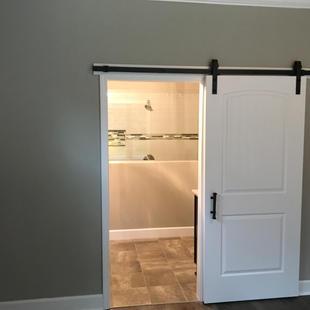 9290 (08) Master Bathroom Door.JPG