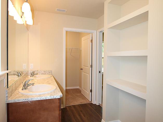 1031 Master Bathroom Storage