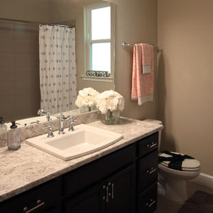 9262 (14) Bathroom 2.JPG