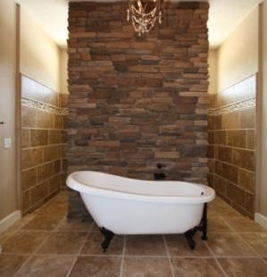 9251 (00) Master Bathroom Tub.JPG