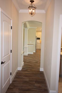 9267 (12) Hallway.JPG