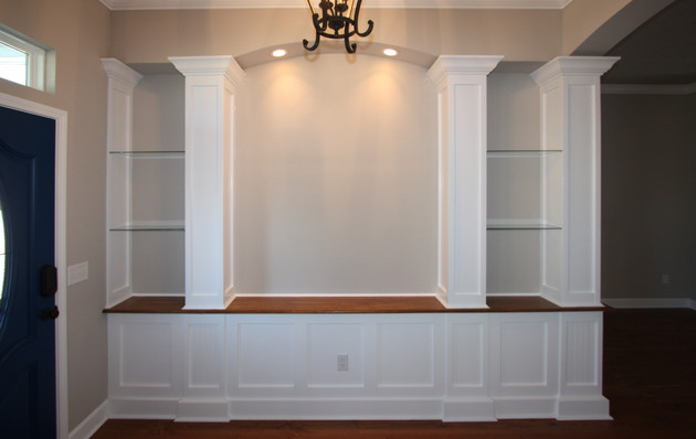 9261 (00) Foyer Built-in.jpg
