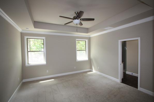 9247 (13) Master Bedroom.JPG