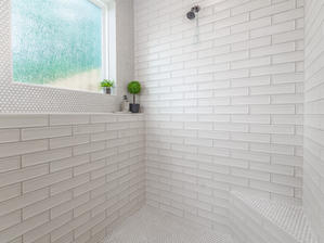 Augusta 20 Master Bathroom