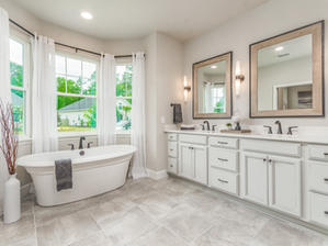 Augusta 17 Master Bathroom