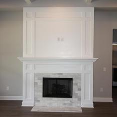9289 (09) Living Room Fireplace.JPG