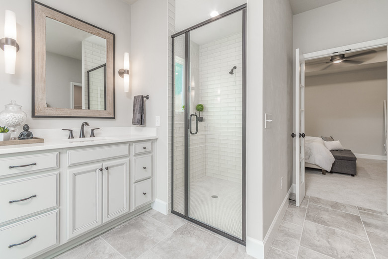Augusta 19 Master Bathroom