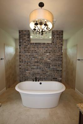9280 (10) Master Bathroom.JPG