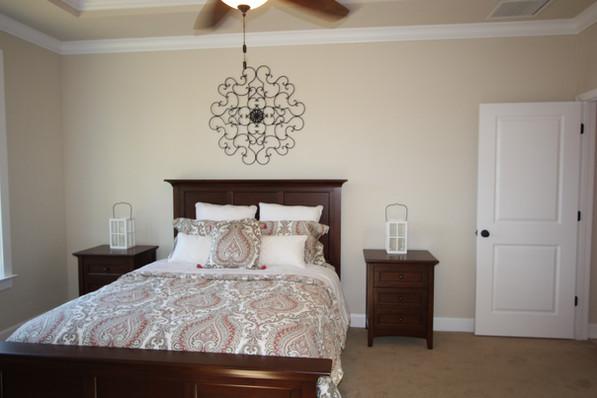 9263 (11) Master Bedroom.JPG