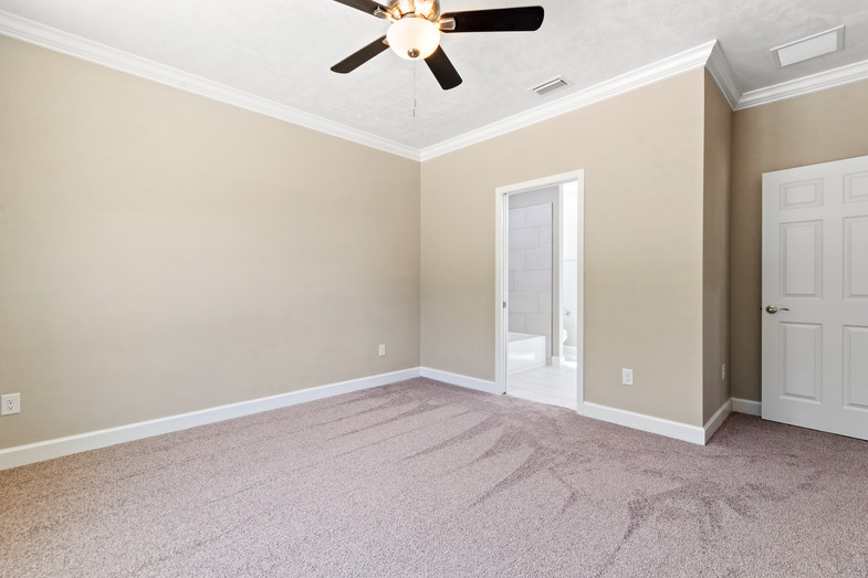 9320 (47) Bedroom 3.JPG