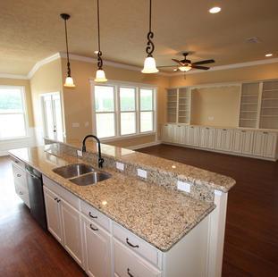 9250 (10) Kitchen.JPG