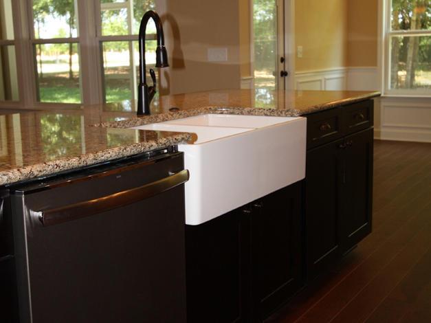 9249 Kitchen Farmhouse Sink
