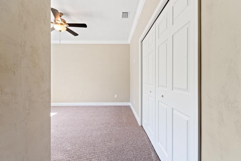 9320 (41) Bedroom 2.JPG
