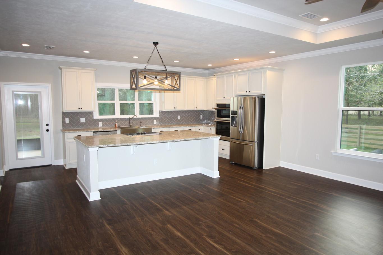 9293 Kitchen