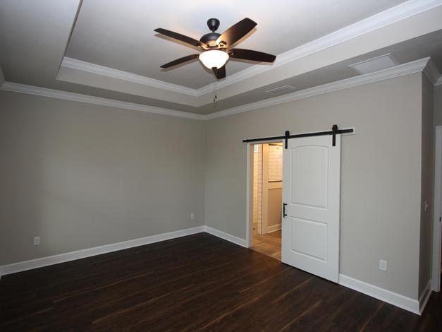 9293 (16) Master Bedroom.JPG