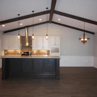 9301 (05) Kitchen.JPG