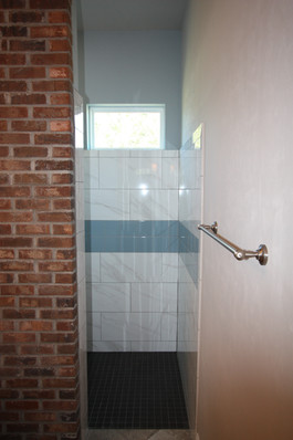9261 (17) Master Bathroom Walk-In Shower
