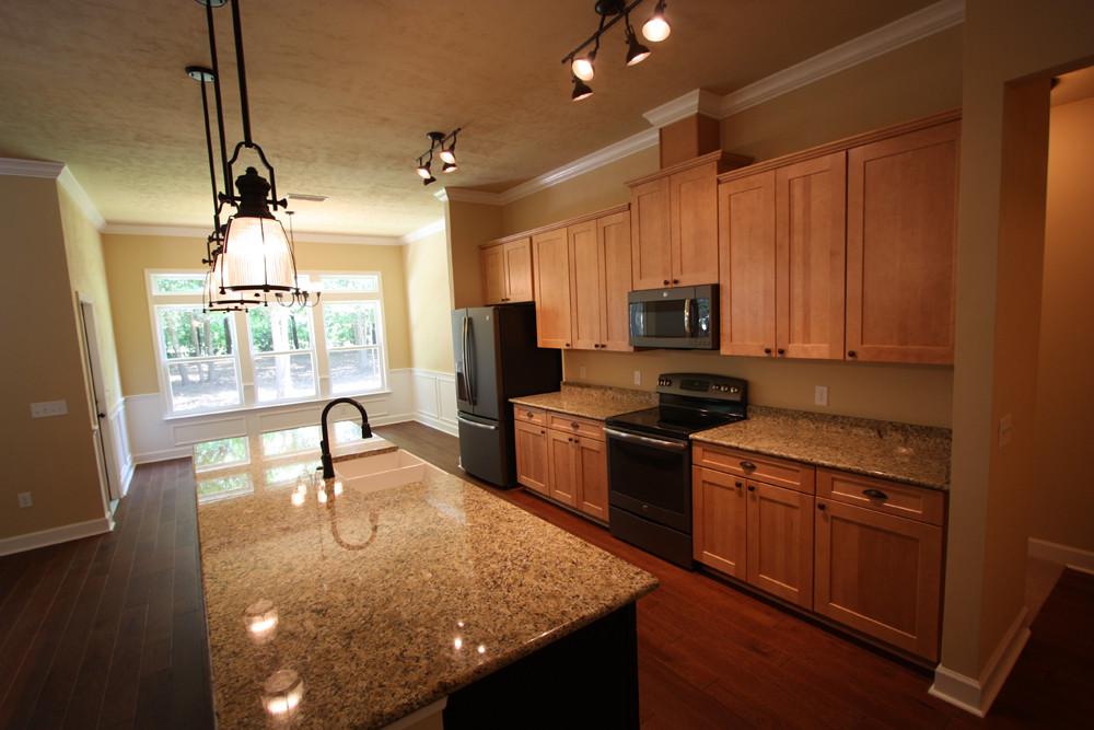 9249 Kitchen
