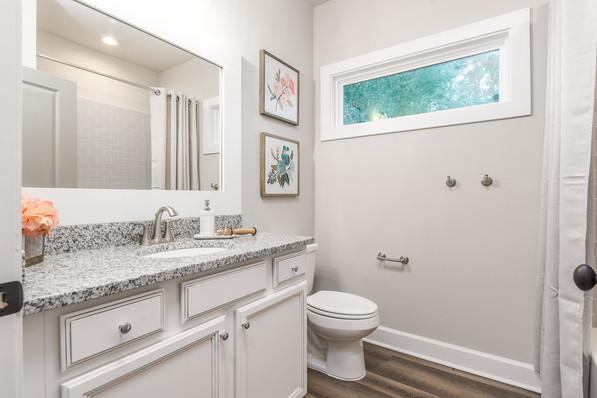 9318 (22) Bathroom 2.JPG