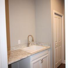 9299 (23) Laundry Room.JPG