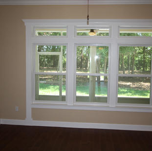 9249 Memphis (12) Living Room Window.JPG