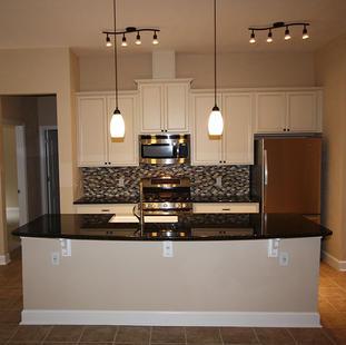 9253 West Palm (07) Kitchen.JPG