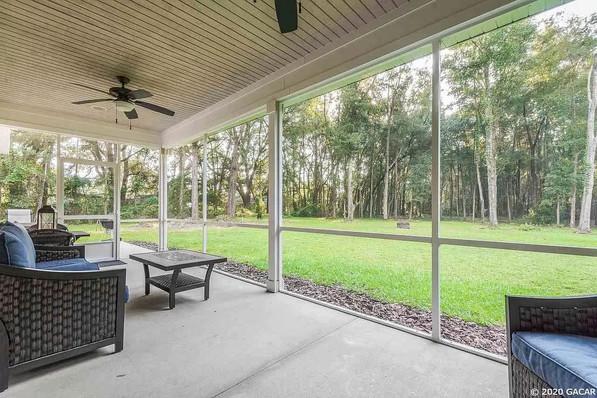 9258 (15) Exterior Porch.jpg