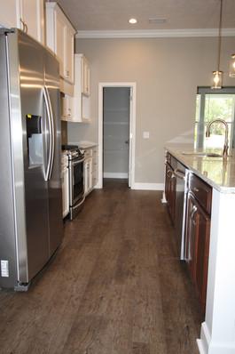 9299 (11) Kitchen.jpg