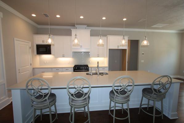 9295 (07) Kitchen.JPG