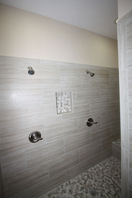 9253 West Palm (15) Master Bathroom Show
