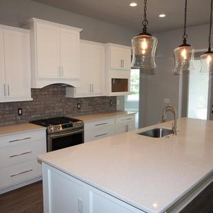 9289 (02) Kitchen.JPG