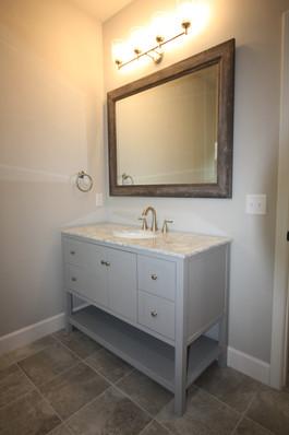 9316 (16) Bathroom 2.JPG