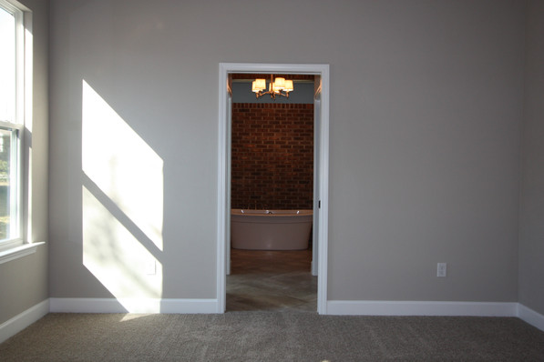 9261 (14) Master Bathroom Entrance.JPG