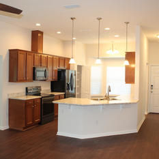 9281 (02) Kitchen and Entry Way.JPG
