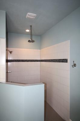 9274 (16) Master Bathroom Shower.JPG