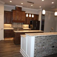 9283 (07) Kitchen.JPG