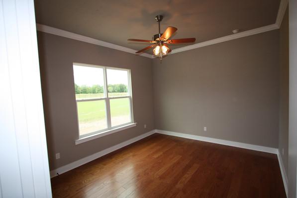 9273 (27) Bedroom 3.JPG