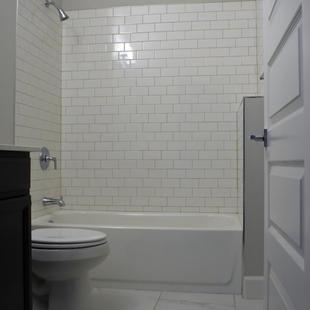 9321 (11) Bathroom 3.jpg